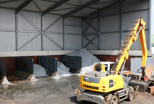 Götz GmbH Material für Metallschmelzwerk